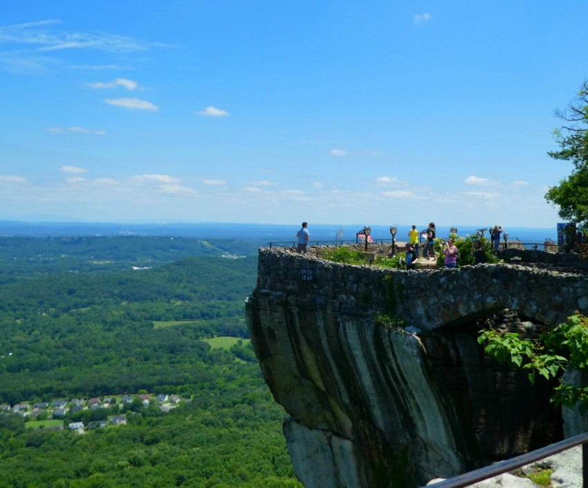 Chattanooga Rock City Lovers Leap