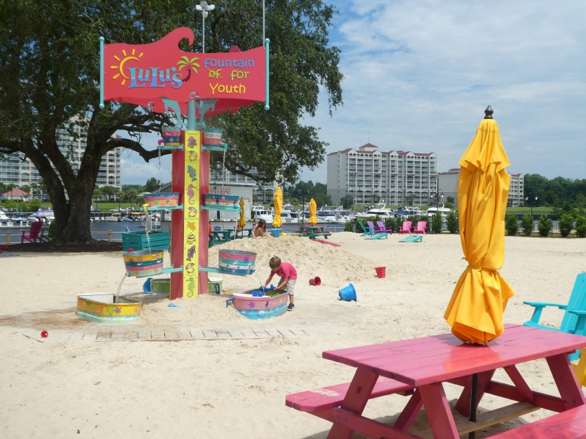 Lulus-Beach-play-area