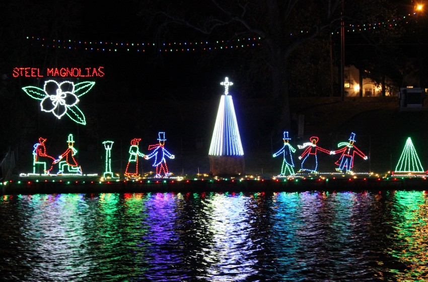 Be sure to visit Natchitoches and the many fun Christmas events when you are exploring the