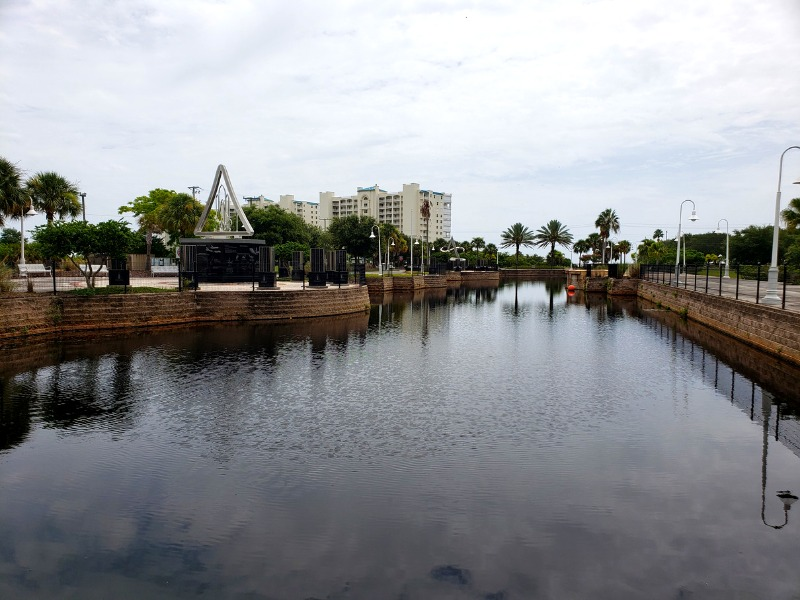 Riverview canal florida