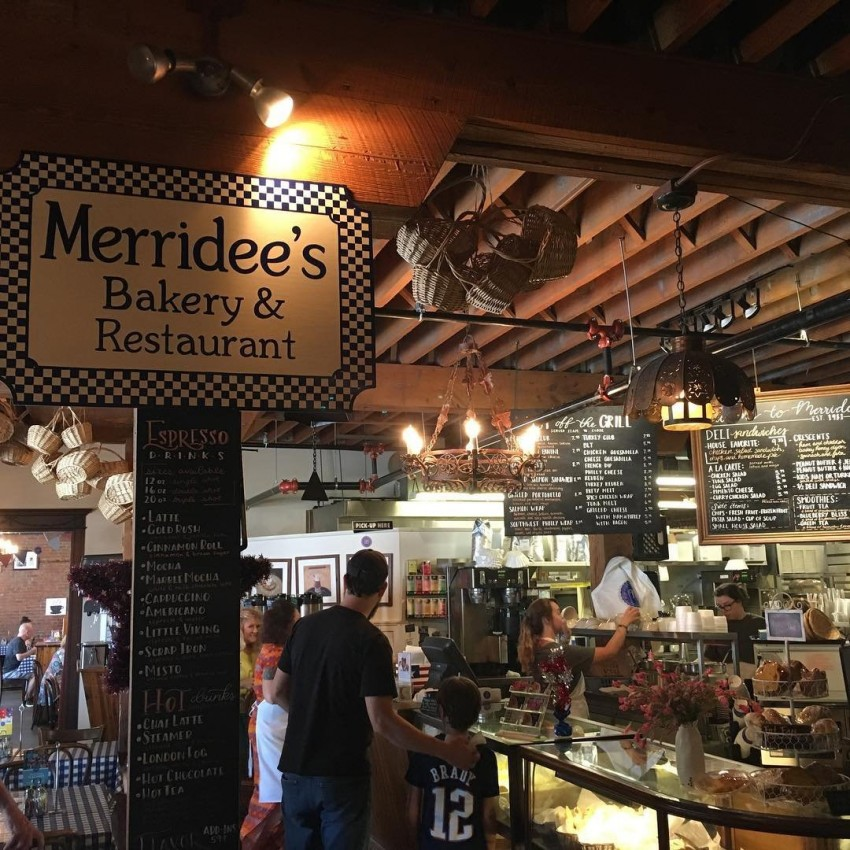 merridees breadbasket where to eat in Franklin Tennessee