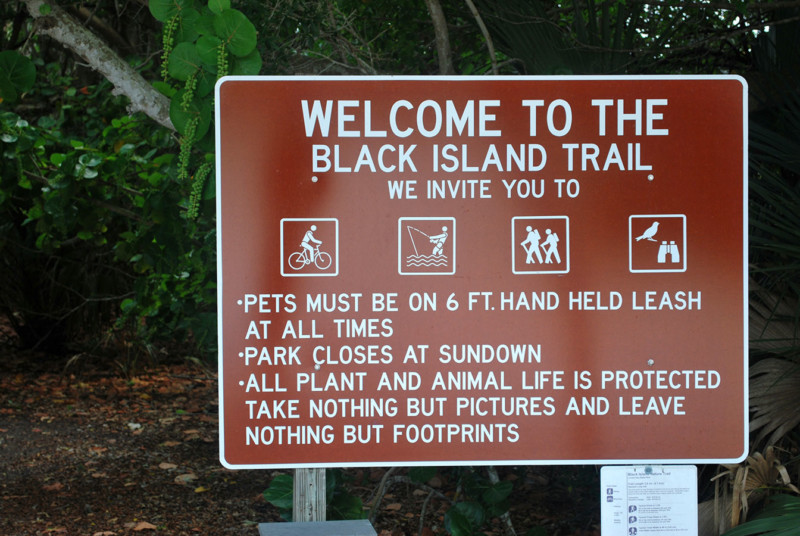 Black-Island-Trail-Lovers-Key