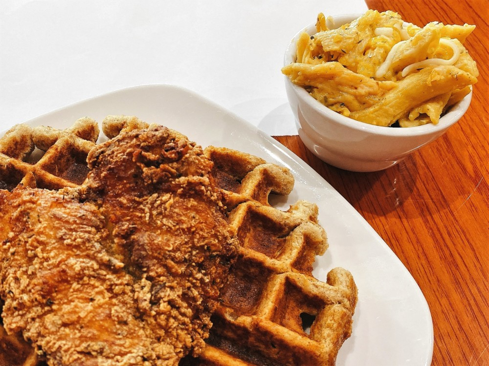 dames chicken and waffles