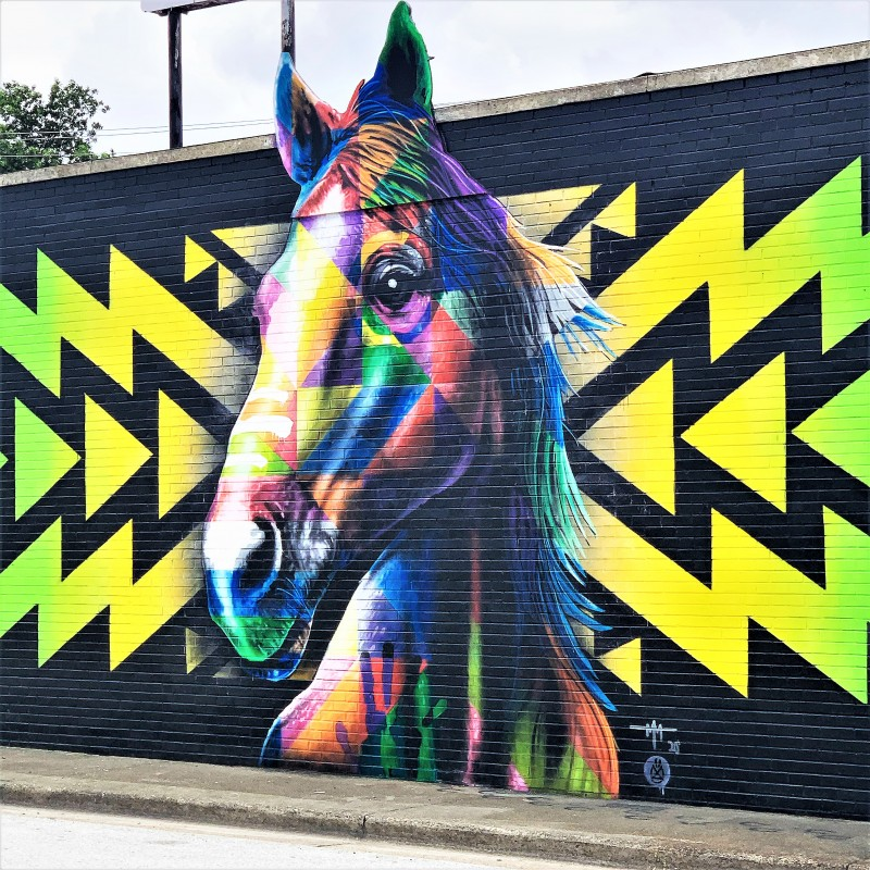 Mural Trail - Yellow Horse- Decatur, alabama free things