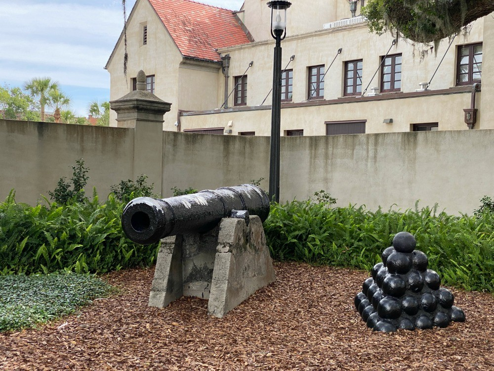 historic cannon in st augustine