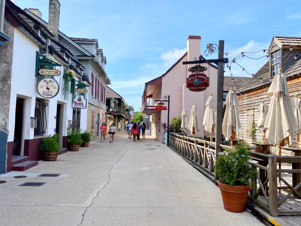 shopping street in st augustine